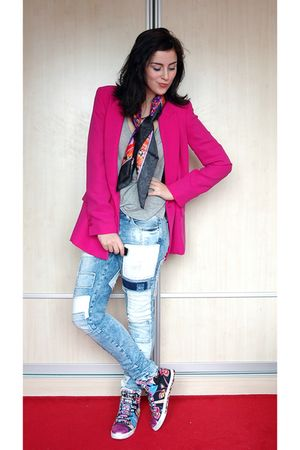 pink Forever New blazer - blue H&M jeans - purple Reebok shoes