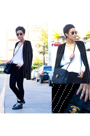 black pearls Alexander Wang blazer - black Chanel bag - black Super sunglasses