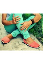 Light-orange-avarcas-pons-sandals
