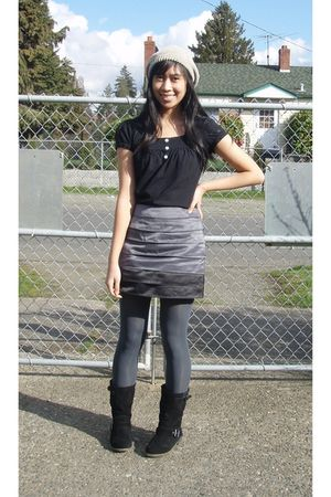 beige hat - black blouse - gray Forever 21 skirt - gray tights - black Sketchers