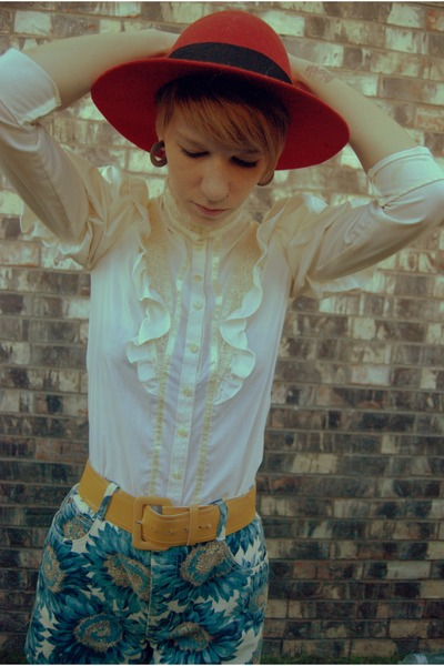 cream blouse - ruby red hat - blue shorts - yellow belt