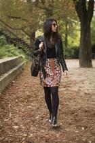 black gardenia boots - black blush shop sweater - black Zara sweater