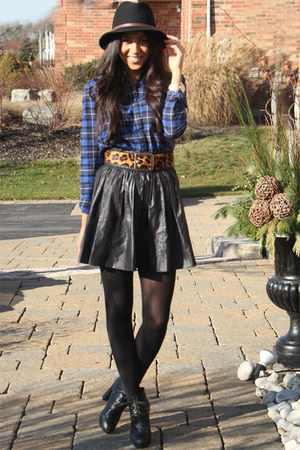 black short skirt blush skirt - black lace-up booties Kelsi Dagger boots