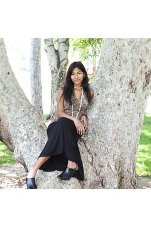 black shoes - black skirt - leopard print top