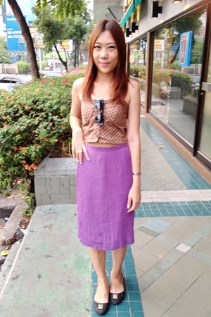 brown top - periwinkle pastel skirt