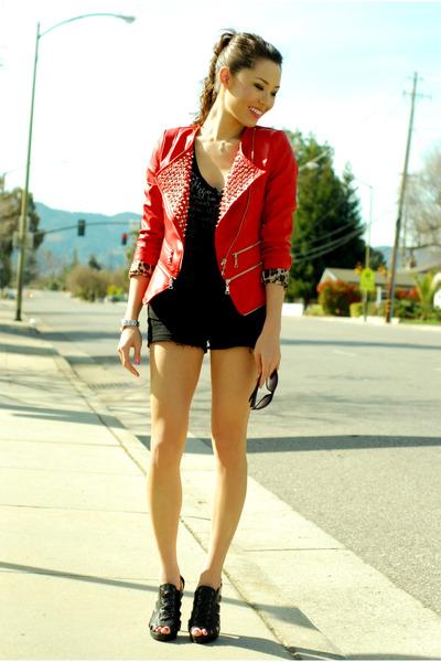 red Queens Wardrobe jacket - black Aldo heels