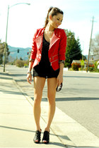 red Queens Wardrobe jacket - black Aldo heels
