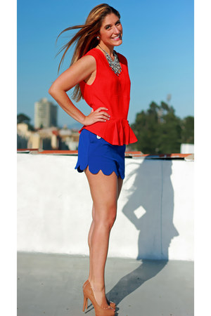 blue scalloped Camilla Tree shorts - red peplum Skies are blue top