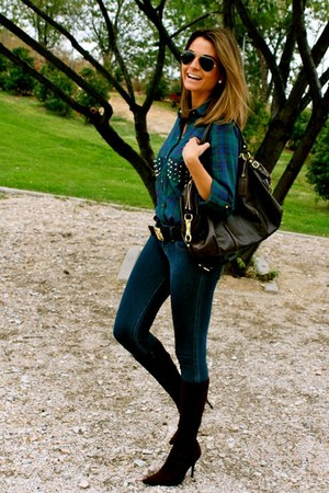 navy Zara blouse - dark brown Pilar Burgos boots - navy hollister jeans