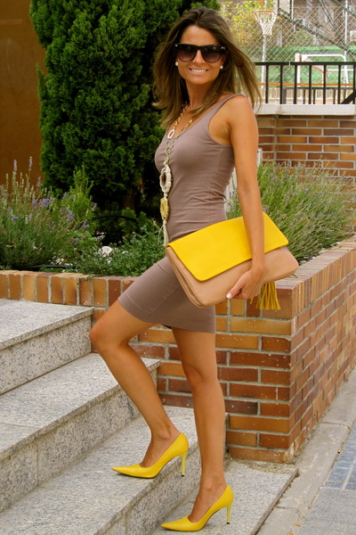 mustard Zara bag - camel H&amp;M dress - black Mango sunglasses