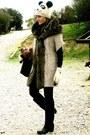 Black-capelli-boots-white-primark-hat-off-white-zara-jacket