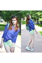 blue H&M shirt - floral romwe shorts - mint Converse sneakers