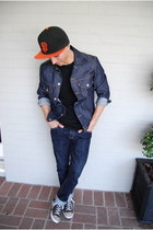 navy denim Levis jacket - black Converse shoes - black sf giants new era hat