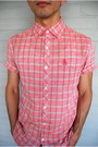 Black-converse-shoes-light-pink-plaid-button-up-original-penguin-shirt