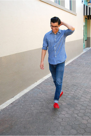 red suede loafers Bacco Bucci shoes - blue denim button-up JCrew shirt