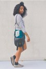 Black-cotton-on-bag-teal-goodwill-shorts-heather-gray-ross-top
