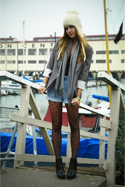 beige knit hat - black zoe boot sam edelman shoes - blue blazer BCBG jacket