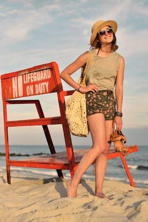 light brown ilissa sandals Pour La Victoire shoes - beige straw H&M hat