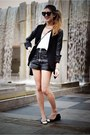 Black-ballet-flats-chanel-shoes-black-leather-blazer-theory-jacket