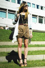 Brown-mason-martin-margiela-shoes-brown-nasty-gal-skirt-gold-vintage-accesso