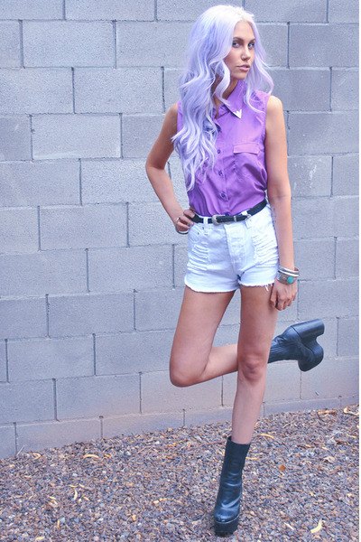 amethyst western Lulus blouse - black wedges Jeffrey Campbell boots