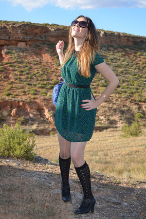 dark green el corte ingles dress - blue Stradivarius bag - black Mustang heels