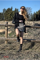 army green Zara skirt - black BBup boots - black Bershka shirt