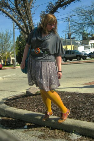 mustard Target tights - tawny Fluevog shoes - teal St Johns Bay purse