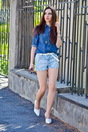 denim c&amp;a shirt - denim pull&amp;bear shorts - H&amp;M wedges