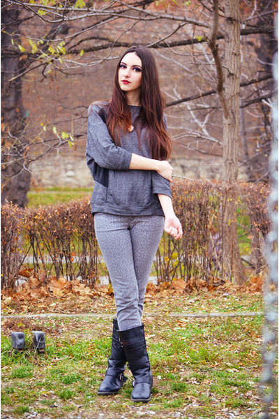gray pull&amp;bear sweater - heather gray Mango jeans