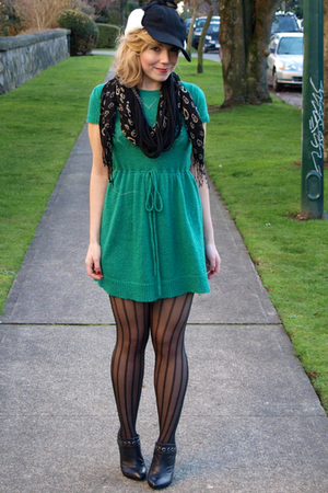 green H&M dress - black HUE tights - black Deena&Ozzy shoes - black calvin klein