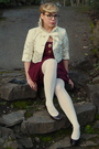Brown-liz-clairbone-shoes-white-american-eagle-tights-gold-costa-blanca-vest