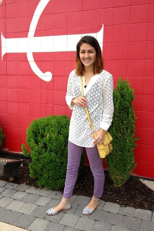 eyelet Liz Clairborne top - Nine West bag - Steve Madden flats - a&f pants