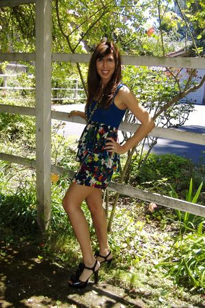 Forever 21 dress - black Steve Madden shoes - Forever 21 necklace