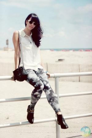 black Macys boots - navy galaxy print no name leggings - white H&M shirt