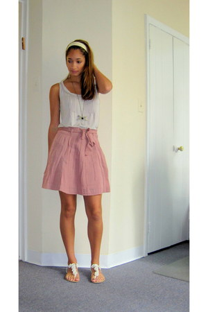 pink Old Navy skirt