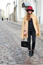 black Tamaris boots - black Vero Moda jeans - maroon vintage hat