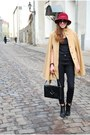 Black-tamaris-boots-black-vero-moda-jeans-maroon-vintage-hat