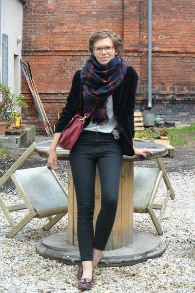navy KappAhl scarf - black Monki jeans - black velvet vintage blazer