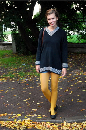 mustard lindex tights - black thrifted sweater - dark brown thrifted bag