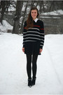 Black-marco-tozzi-boots-navy-striped-thrifted-sweater