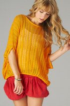 DRAPED KNIT ORANGE TOP SWEATER