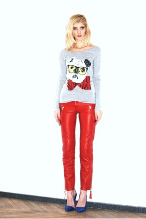 red leather pants Amor &amp; Psyche leggings - heather gray Twin Set top