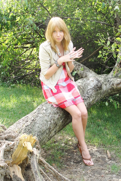 red hollister dress - beige abecrombie jacket - brown Aerie shoes - silver brace