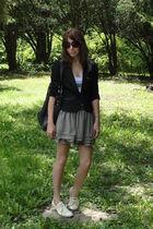 black blazer - gray top - gray skirt - black purse - yellow shoes - brown sungla