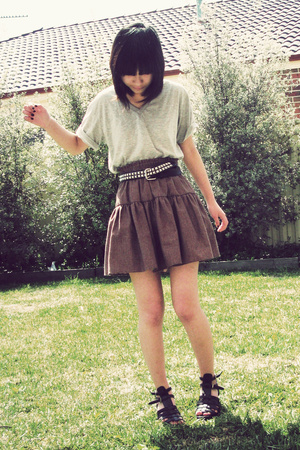 cotton on shirt - Retro Star skirt - Novo shoes