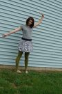 Gray-shirt-purple-forever-21-skirt-green-icing-tights-black-payless-shoes