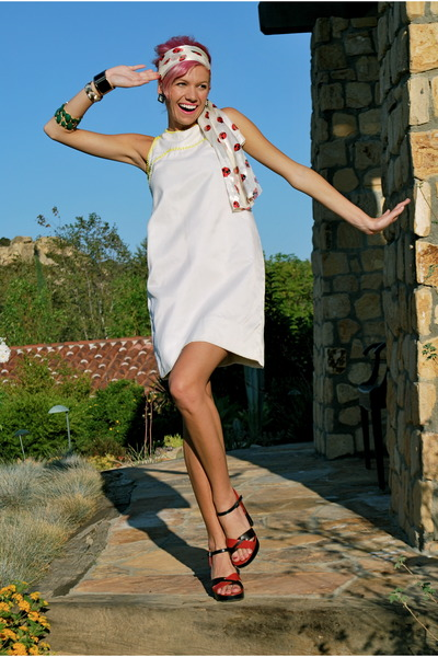 white neon beaded vintage dress - red ladybug vintage scarf
