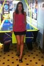 Black-dress-hot-pink-top-black-dkny-heels