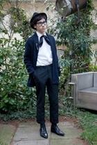 vintage hat - vintage scarf - Ray Ban glasses - H&M shirt - H&M pants - H&M blaz